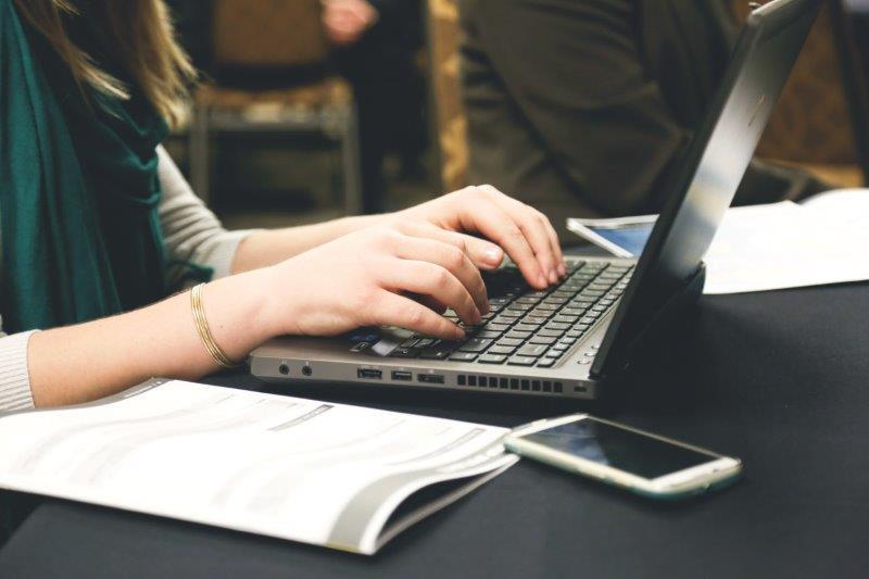 Einen Blogbeitrag schreiben: Einfach und doch so schwer